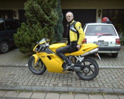 Thomas Boor auf einer Ducati 996